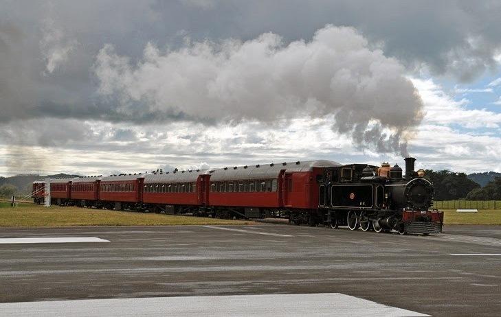 Gisborne Airport Railway Line Intersecting the Runway in New zealand 7