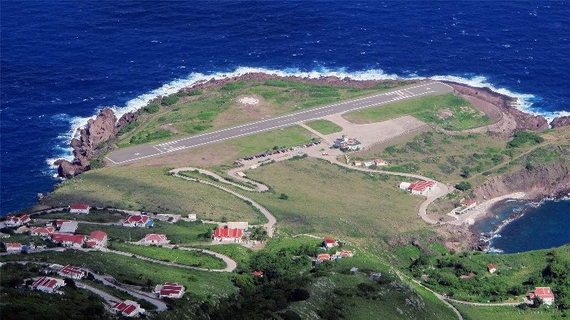 Juancho E. Yrausquin Airport, Saba, Caribbean