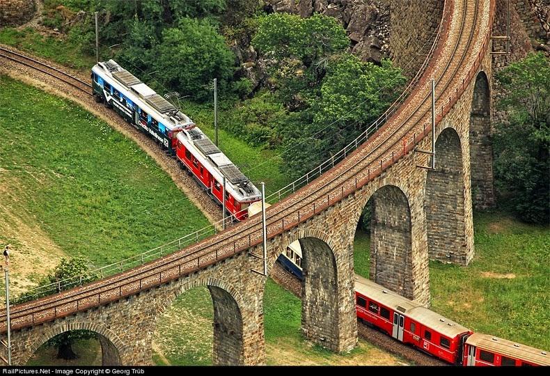 brusio-spiral-viaduct-11[5]
