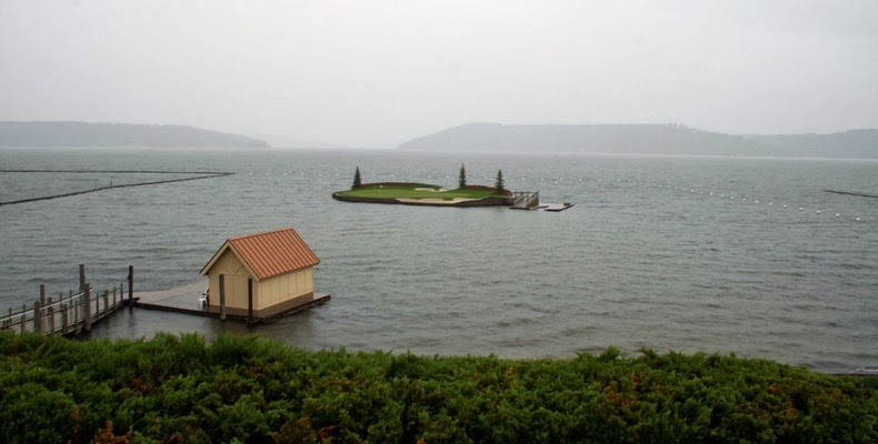 Floating Golf Course at Luxury Coeur d'Alene Resort 4