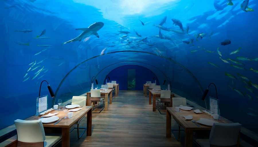 Hydropolis underwater hotel dubai charismatic planet for Most expensive place to stay in dubai