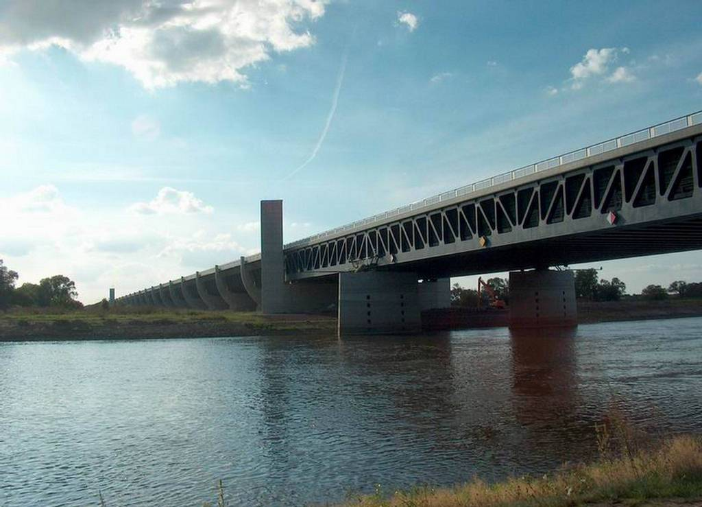 The Incredible Magdeburg Water Bridge in Germany 8