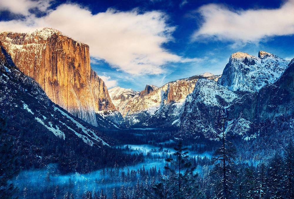 Yosemite valley, California, USA. 000