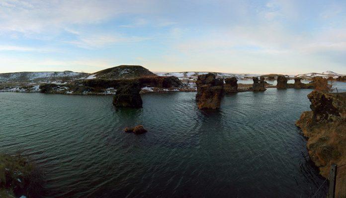 Lake Mývatn Iceland 3_resize