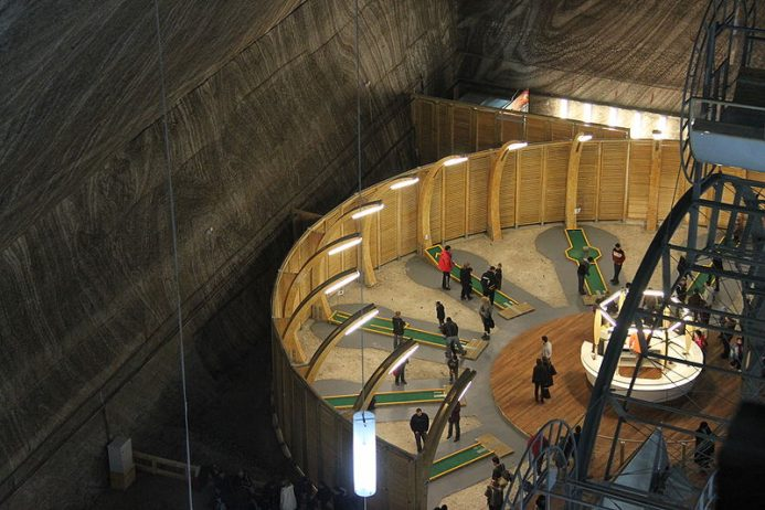 Salina Turda Salt Mines transform to History Museum0