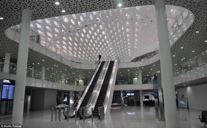 Shenzhen Flashy New Airport Terminal4