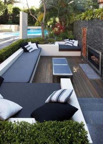 Outdoor Beds That Offer Pleasure, Comfort And Style4