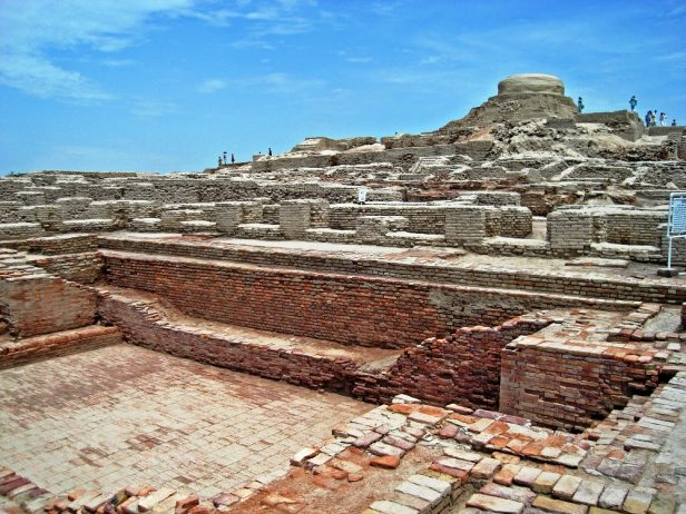 Mohenjo Daro is an ancient city of Pakistan, approximately 5000 year old city located at northwestern Sindh of Pakistan.