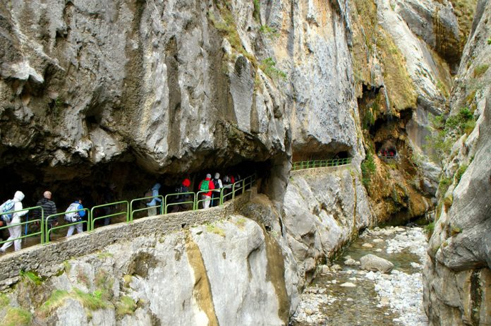 Cares Gorge Trail Adventure is one of the Most Fine-looking Hikes in Spain4