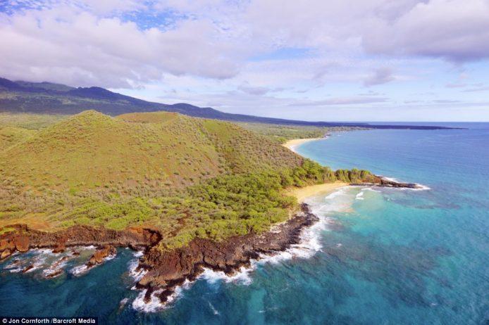 An amazing aerial view of Makena Bay and Pu'u Ola'i Beach captured around Christmas time last year in Maui, Hawaii