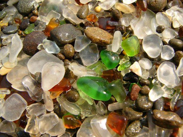 Sparkling Glass Beach of California6