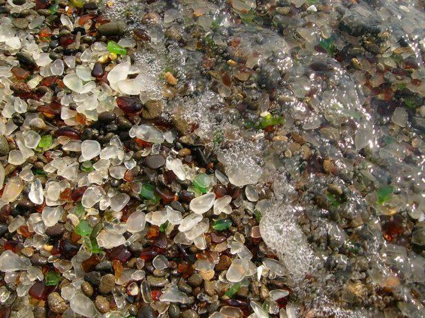 Sparkling Glass Beach of California7