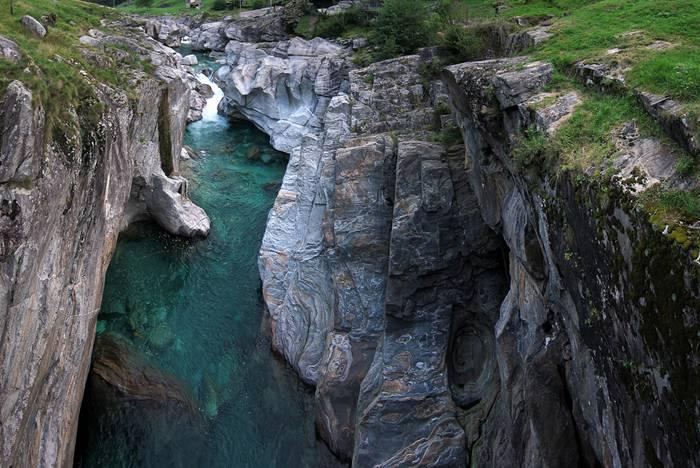 Verzasca River Switzerland4