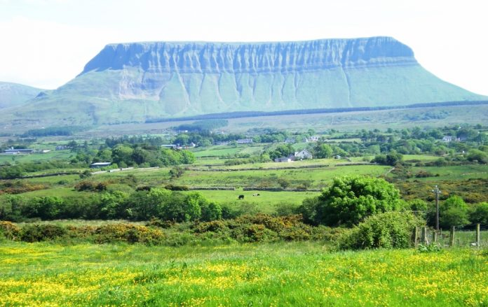 Mount Benbulben is 527 meters high mount located in County Sligo, in the extreme north-west of Ireland, 10 KM north of the town of Sligo.