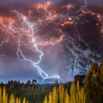 Spectacular Photos of a Volcanic Eruption