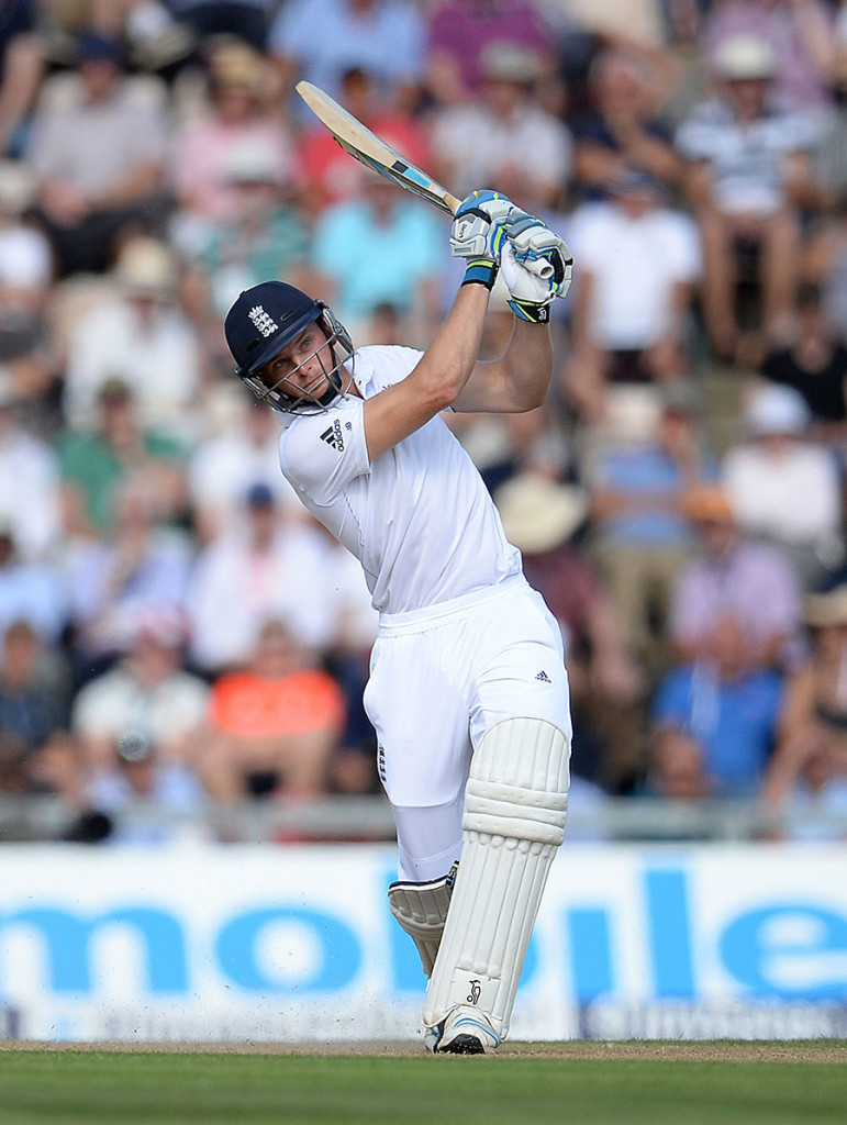 Jos Buttler swings down the ground during his thrilling innings, England v India, 3rd Investec Test, Ageas Bowl, 2nd day, July 28, 2014 @ PA Photo