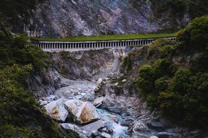 The Taroko Gorge is situated approximately 60 kilometers from the coast, which is home to some of the tallest peaks in Taiwan at more than 3,400 meters.