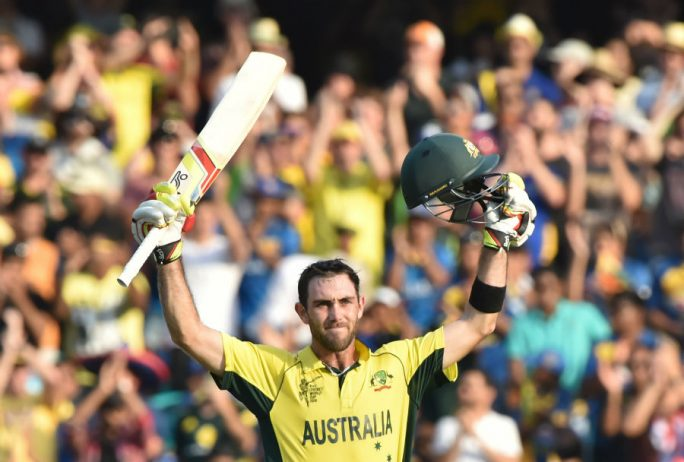 Glenn Maxwell acknowledges the crowd after scoring a ton, Australia v Sri Lanka, World Cup 2015, Group A, Sydney, March 8, 2015