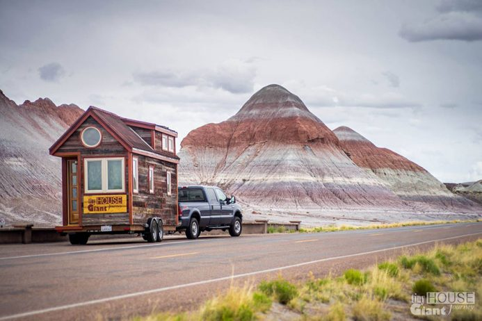 tiny-house-giant-journey-mobile-home-jenna-guillame-24