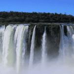 Iguazù Falls By Erwin Olmos
