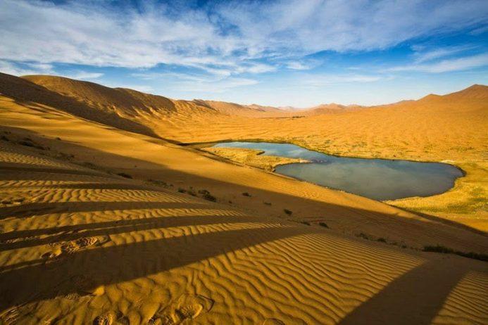 badain-jaran-desert-1[3]