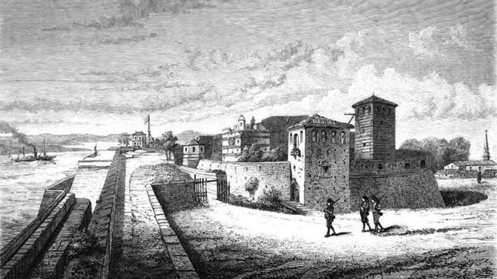 the most significant fortress in the region, it played a vital role in the game of power during the several centuries.