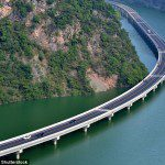 China's first Ecological Overwater Road
