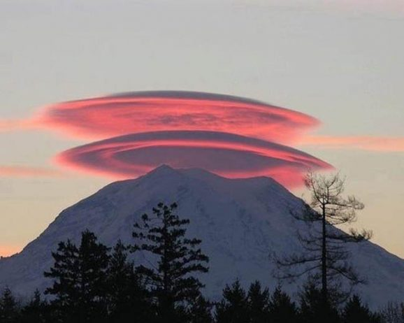 Lenticular Clouds Photo by Dahlia Rudolph at Mt. Shasta - October 5, 2011