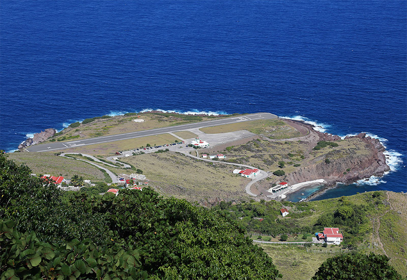 Therefore, the locally airline Winair (A government owned airline based in St. Maarten) is presently serving Yrausquin Airport,