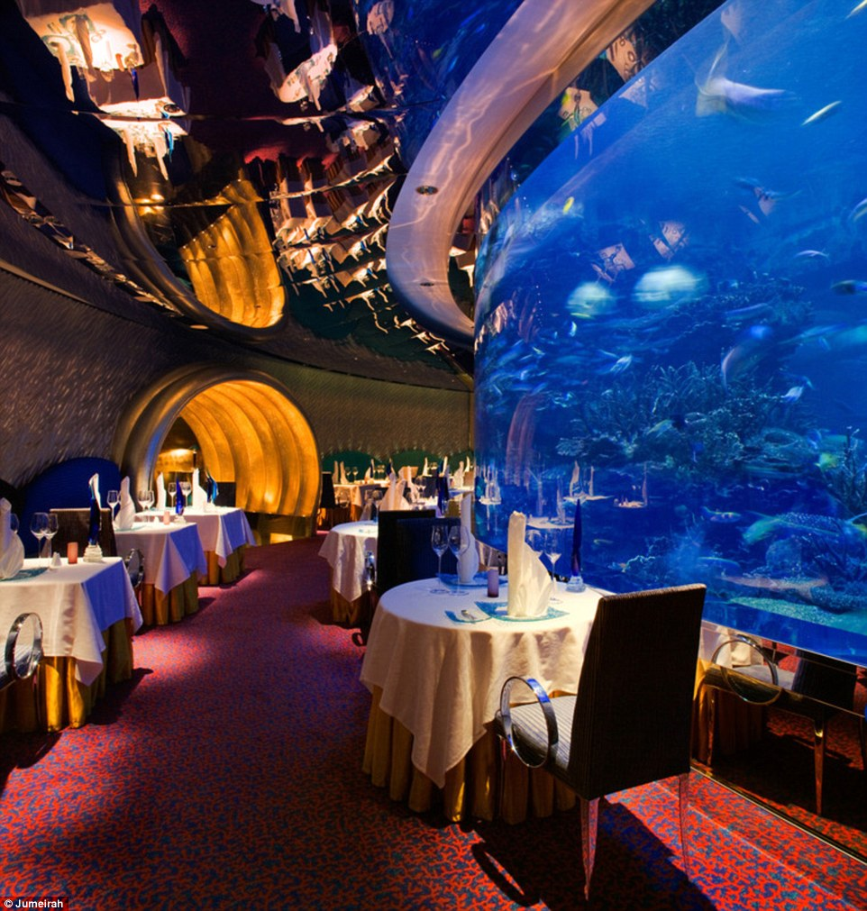 The exciting Al Maharba is centred round a mesmerising aquarium filled with colourful fish and plants, mirroring the Arabian Gulf theme of the Burj Al Arab