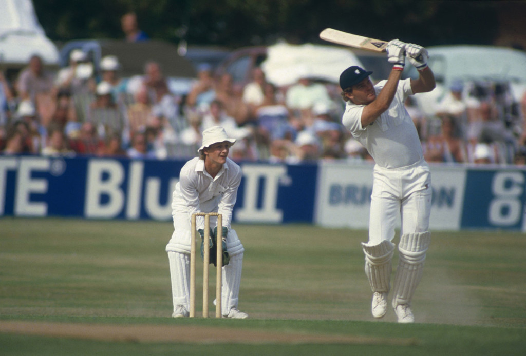 Martin Crowe bats against Somerset, Taunton, May 9, 1994