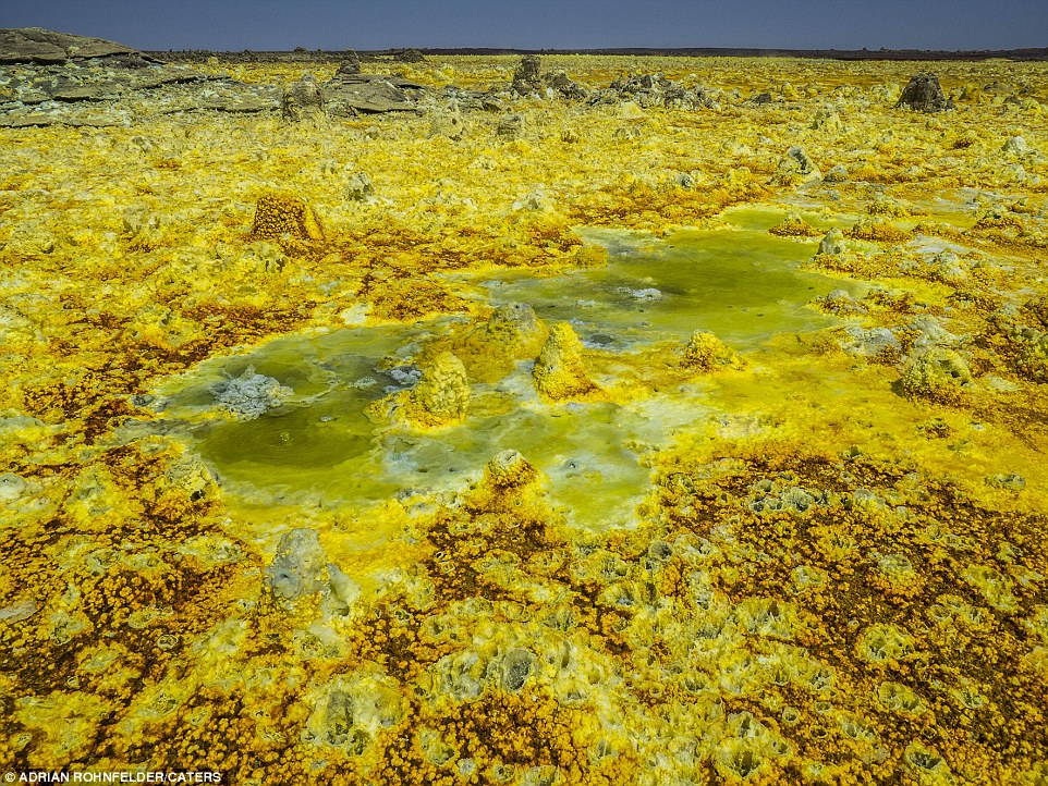 The explosion crater was formed by the intrusion of basaltic magma in Miocene salt deposits and subsequent hydrothermal activity