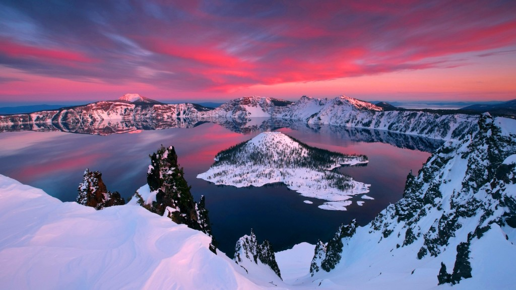 """Crater Lake is also known """"Old Man of the Lake"""" is a caldera lake located in south Central Oregon in the western United States."""