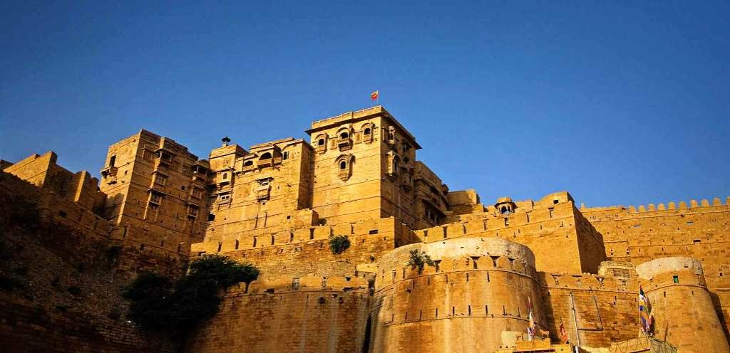 The fort name is derives from Rajpur ruler, is one of largest fortifications in the world. Jaisalmer Fort is situated in the city of Jaisalmer, in the Indian state of Rajasthan.