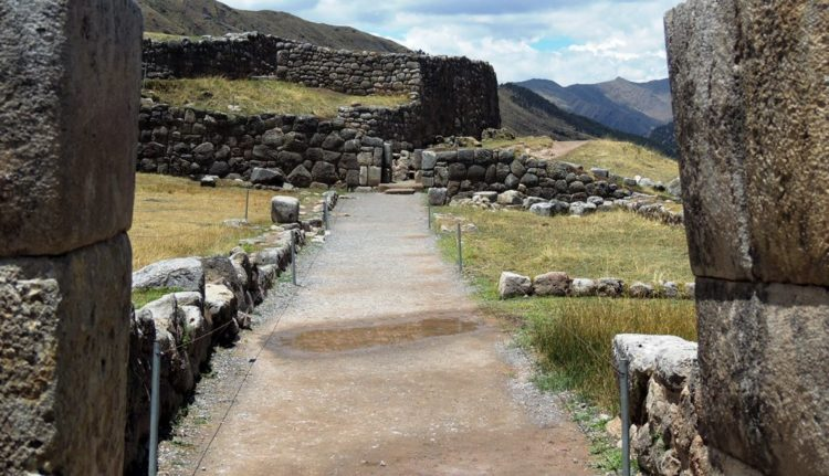Other possible explanations: when the Inca would go to Tambomacay, part of the warriors would stay in to keep guard,