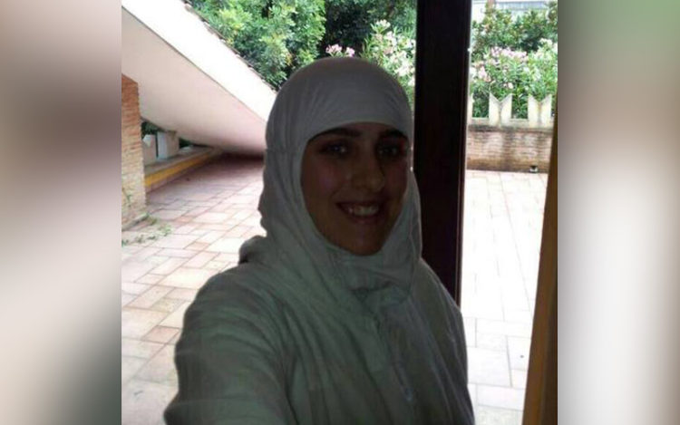 The daughter of former Italian member parliament has converted to Islam and changed her name to Aysha.