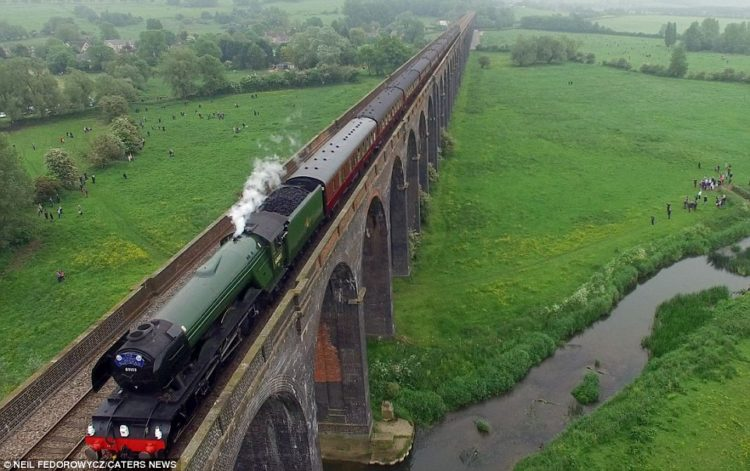 One of most amazing drone footage of the Flying Scotsman steaming across a scenic viaduct is an impressive sight and not just for trains-potters.