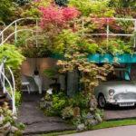 Creative Lush Garden Garage Idea Wins Gold Medal at Chelsea Flower Show