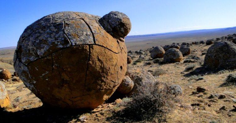 Mysterious Valley of Balls, Kazakhstan Photo credit www.silkadv.com