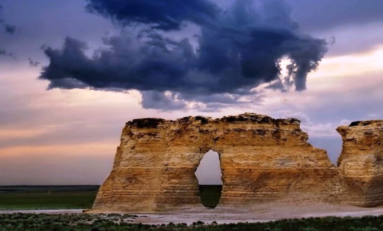 In 2008, Monument Rocks & Castle Rock was jointly named as one of 8 wonders of Kansas.