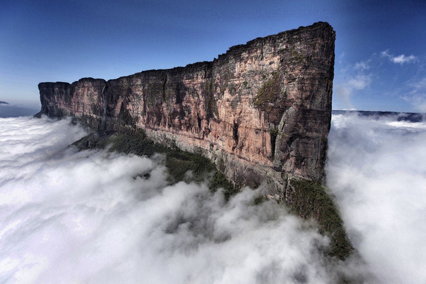 Mount Roraima Oldest Geological Formations On Earth