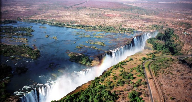 """Both countries permit tourists to make day trips across the border to view the falls from both viewpoints. A famous feature is the naturally formed """"Armchair"""" also called """"Devil's Pool"""", near the edge of the falls on Livingstone Island on the Zambian side."""