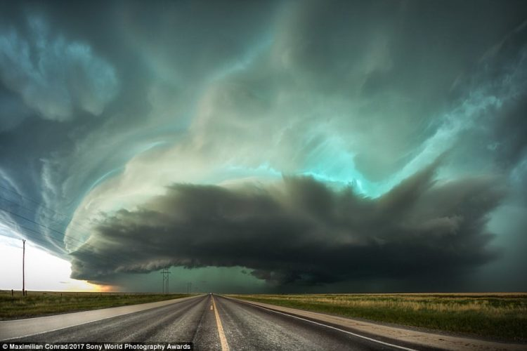 A tornado supercell storm rolls over the town of Stratford, Texas, USA