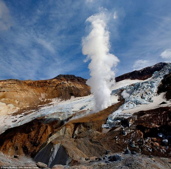 he power of nature Steam spews from the the Mutnovsky Volcano