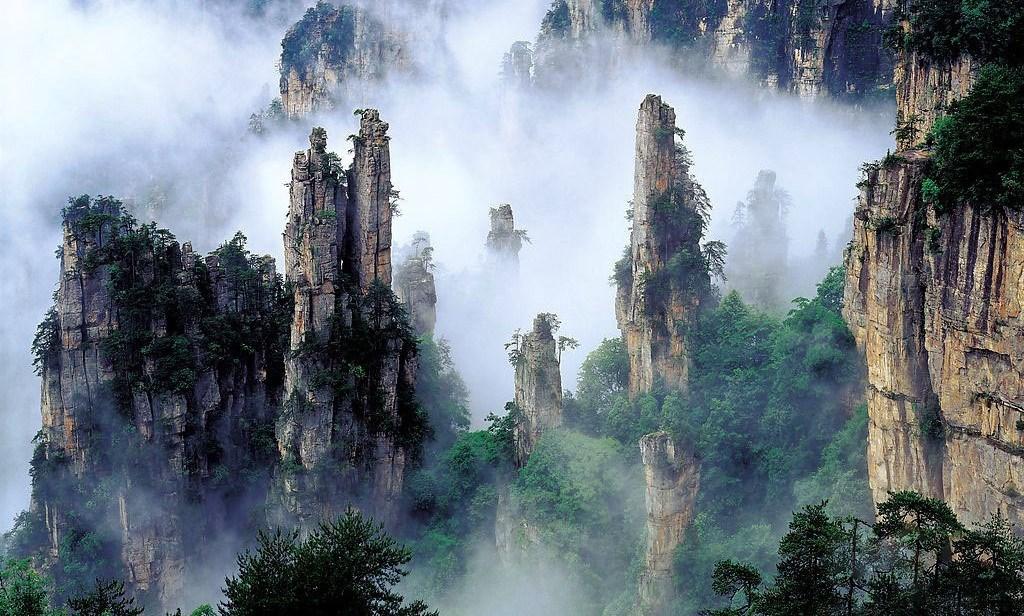 The mountains inspired the Pandora mountainscape in James Cameron's film Avatar is Tianzi Mountain.