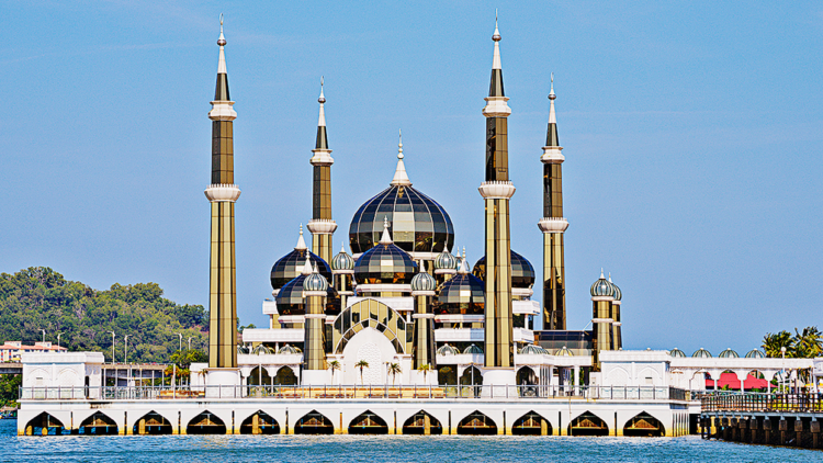Masjid Kristal is the country's first 'intelligent' mosque with a built-in IT infrastructure and WiFi connection, providing visitors with internet access with which to read the electronic Quran seemingly a point of pride for the architects.