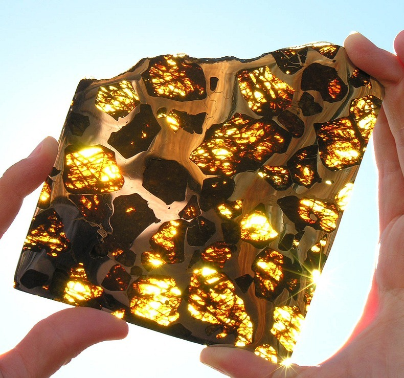 It's a dazzling meteorite, and maybe the most spectacular extraterrestrial piece of rock man has ever seen.