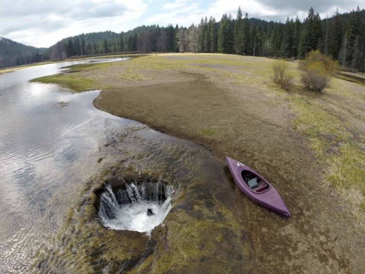 The Lost Lake is the source of a natural phenomenon that has Oregon residents stumped.
