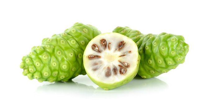 Only a half cup of Hawaiian noni juice has 15 calories and 1.5 grams of sugar, which is low for fruit juice.