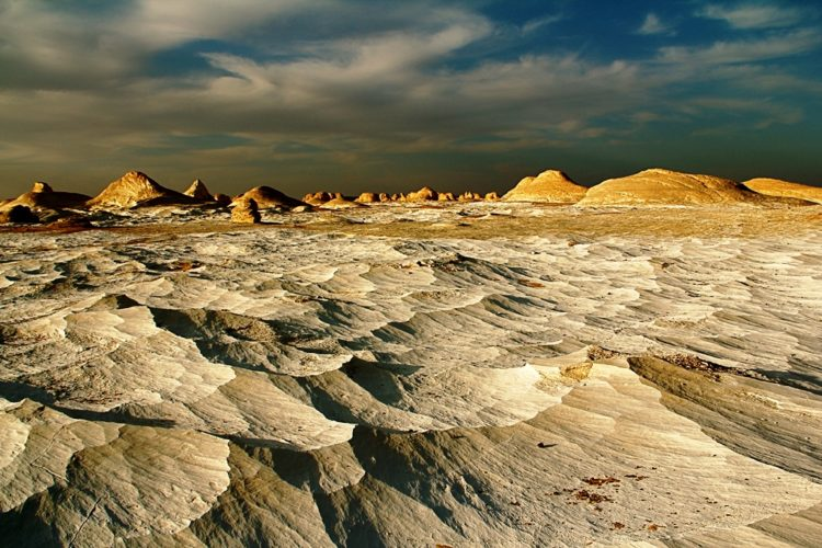 The white desert is clear contrast with the yellow desert elsewhere, something which you will not believe before seeing with you're own eyes.